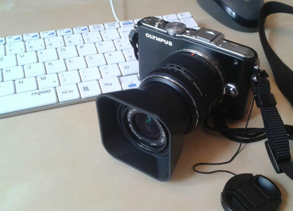 lens-hood-square-olympus